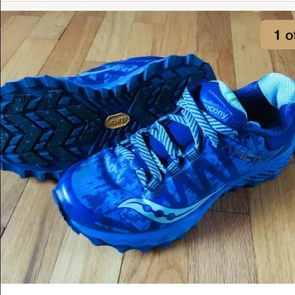 6b0ba8e48d37 Saucony Peregrine 7 ICE+ Shoes- Women s Size 7. M 5c476f441b3294747203e38c
